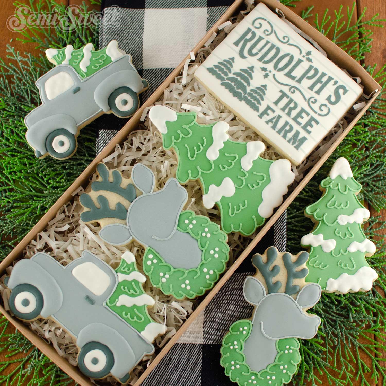farmhouse Christmas cookies | Semi Sweet Designs