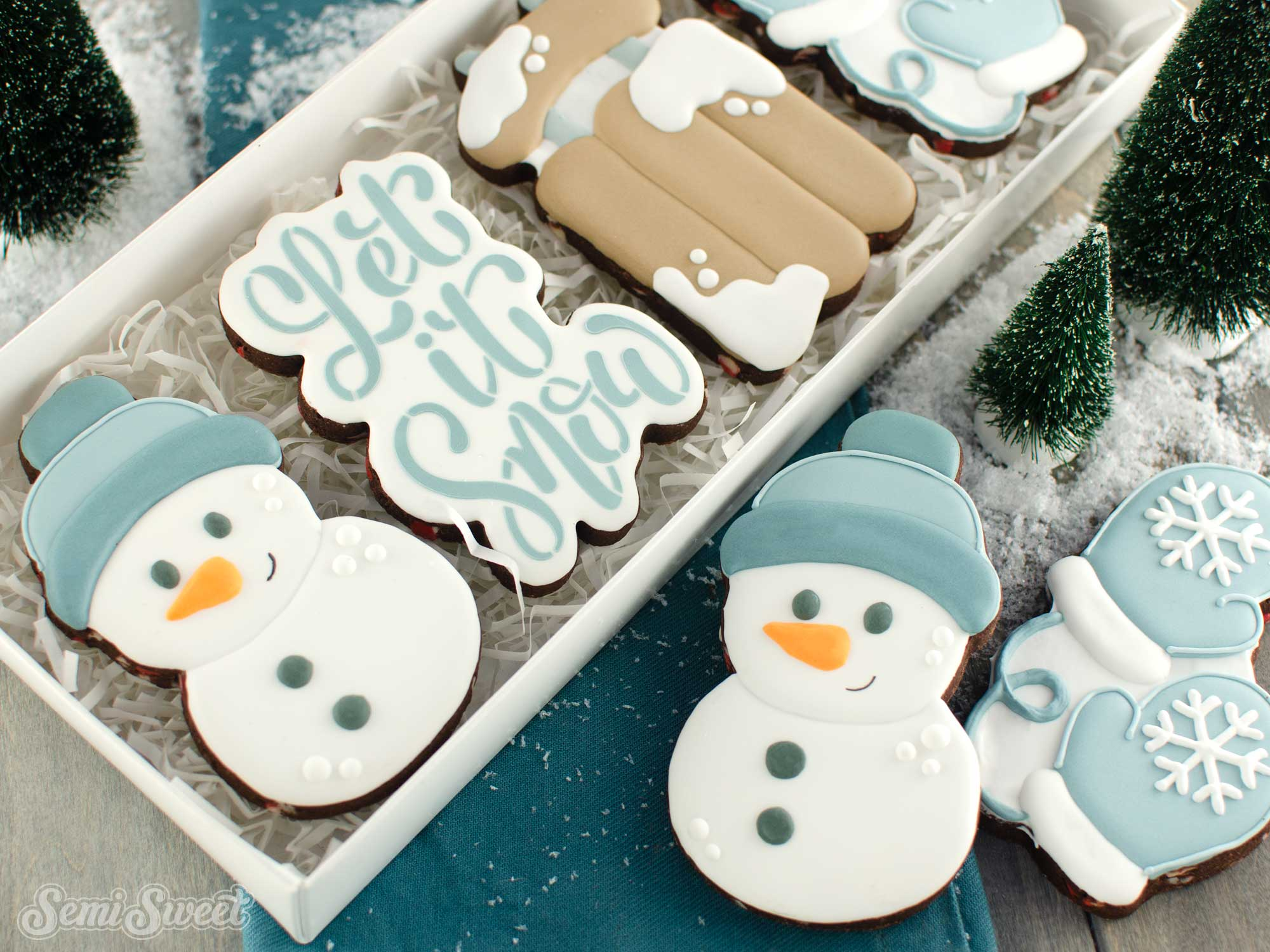 How to Make Simple Snowman Cookies