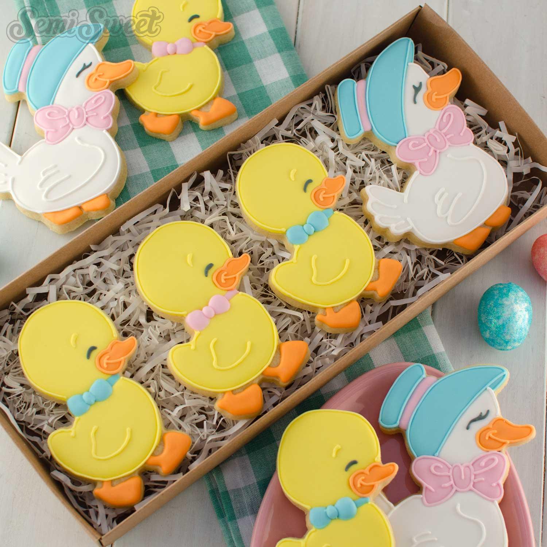 Mother Duck and Duckling Cookies   Semi Sweet Designs