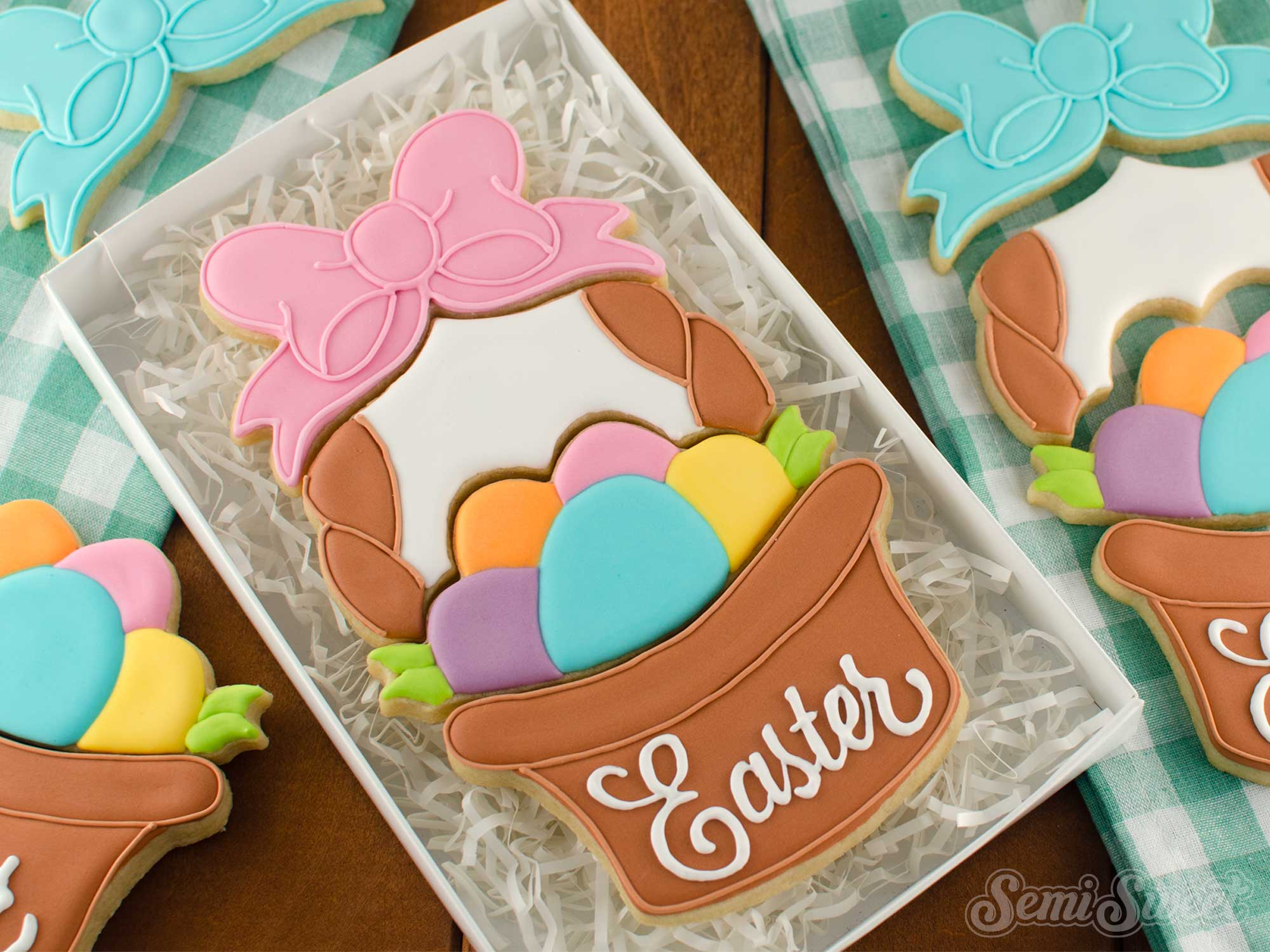 How to Make an Easter Basket Cookie Set
