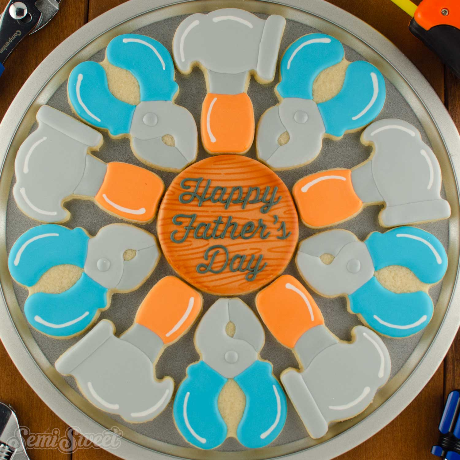 How to Make a Tools Cookie Platter