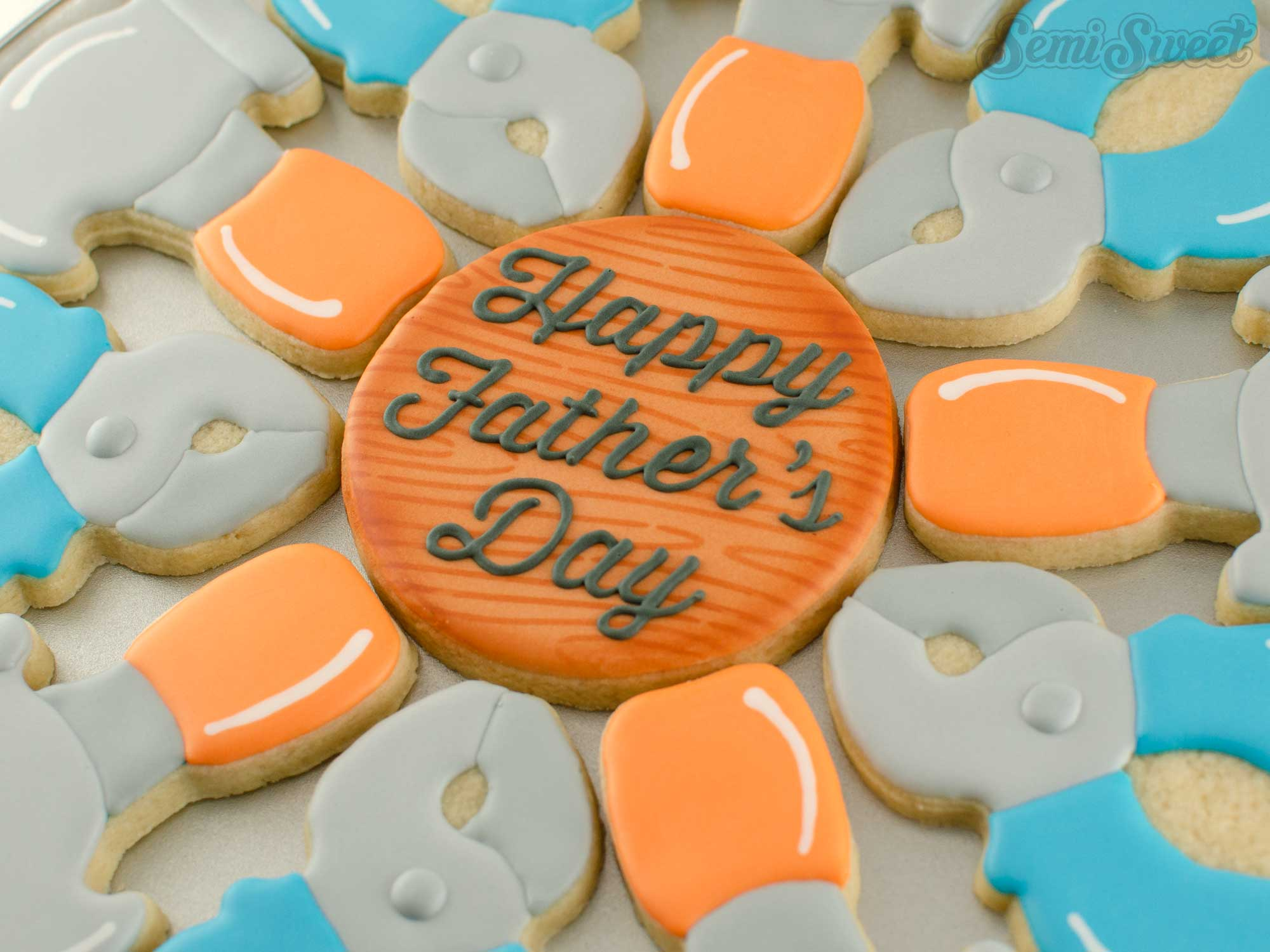 center cookie for Father's Day Tool Cookie platter