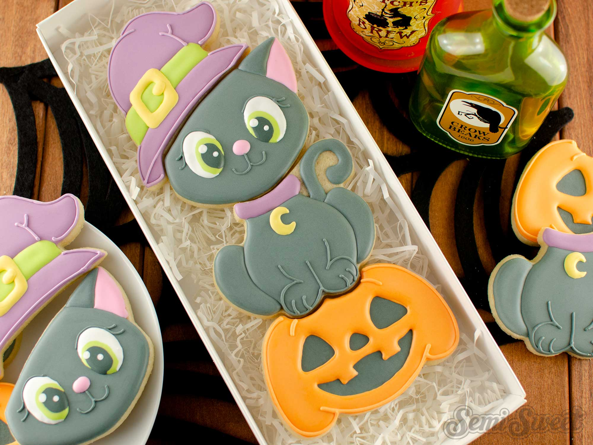 How to Make a Stackable Cat Witch Cookie Set