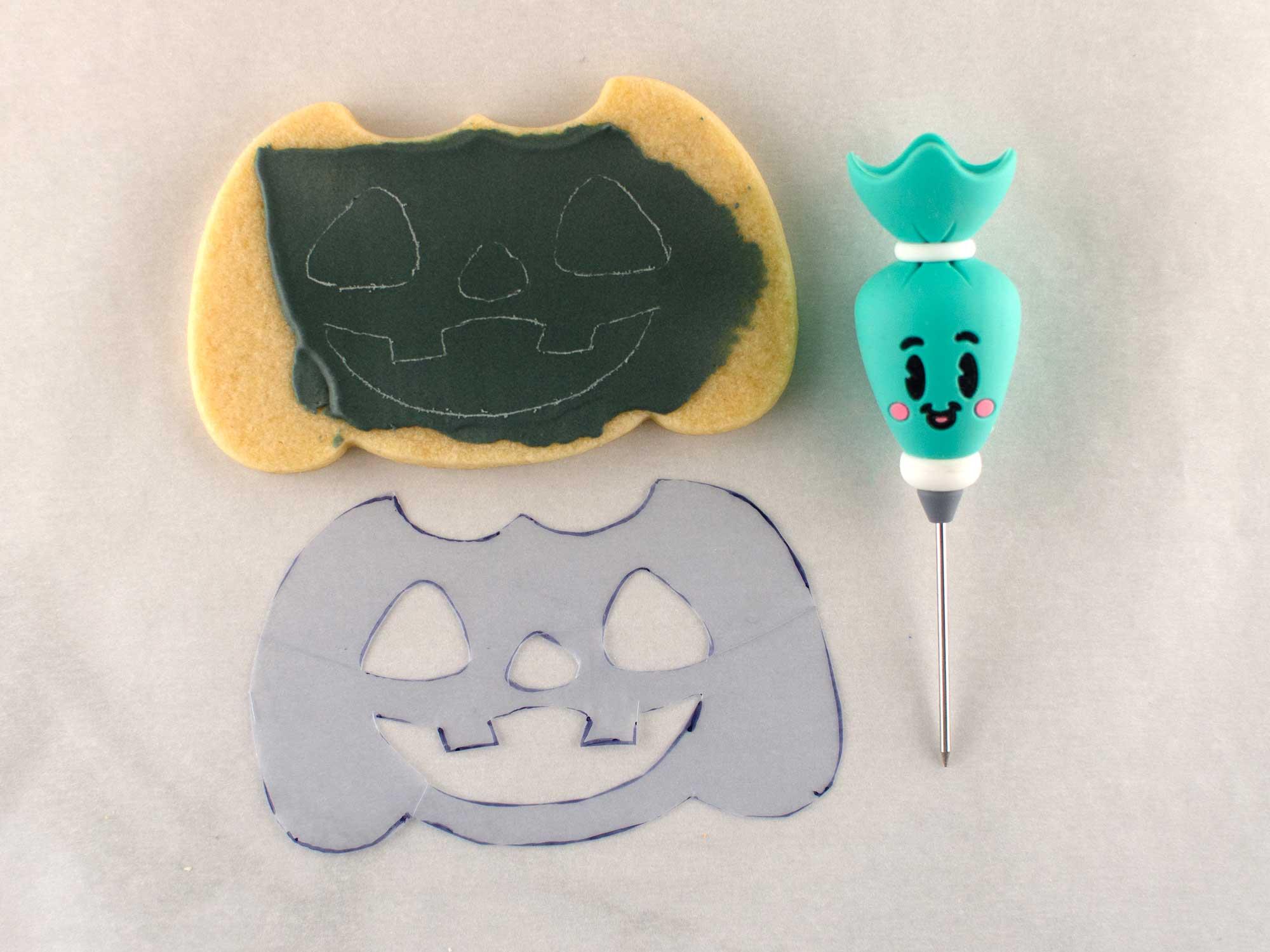 etch pumpkin face cookie step 2
