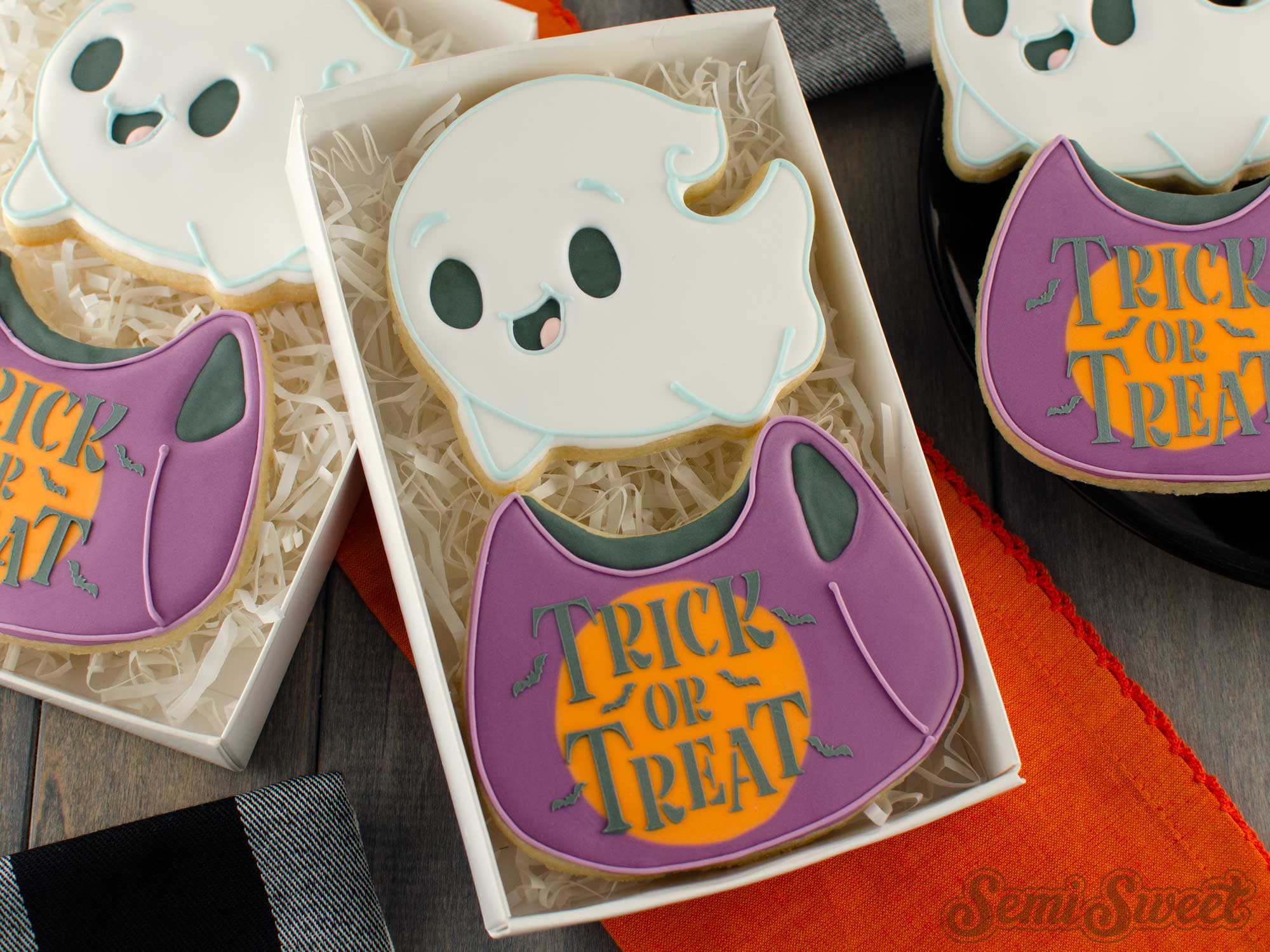 How to Make a Flying Ghost Cookie Set