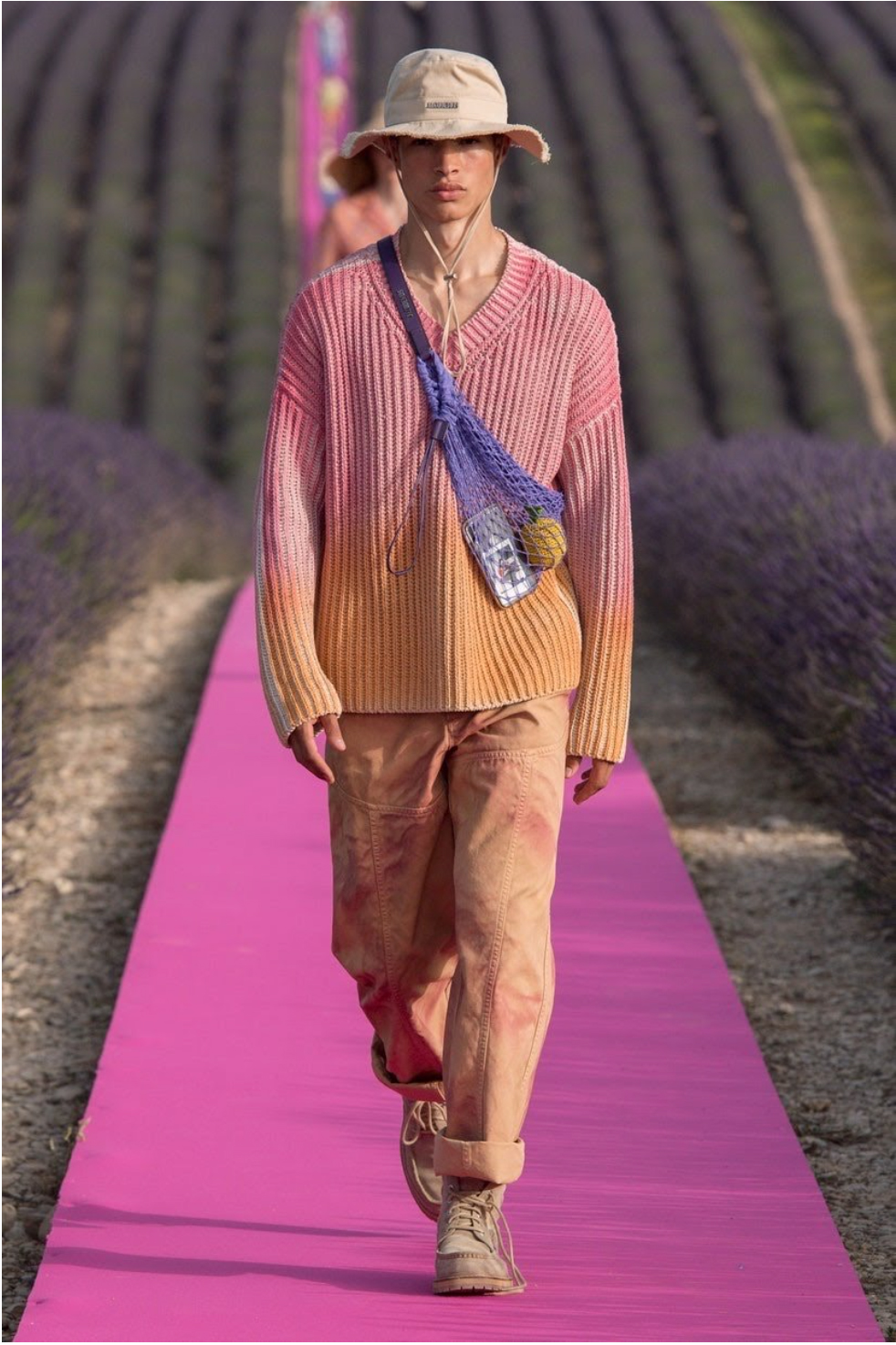 TENDANCE-TIE-DYE-JACQUEMUS-RELEASED-PARIS