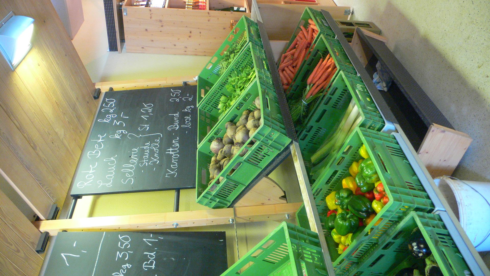 Gemüse im Hofladen Mampel