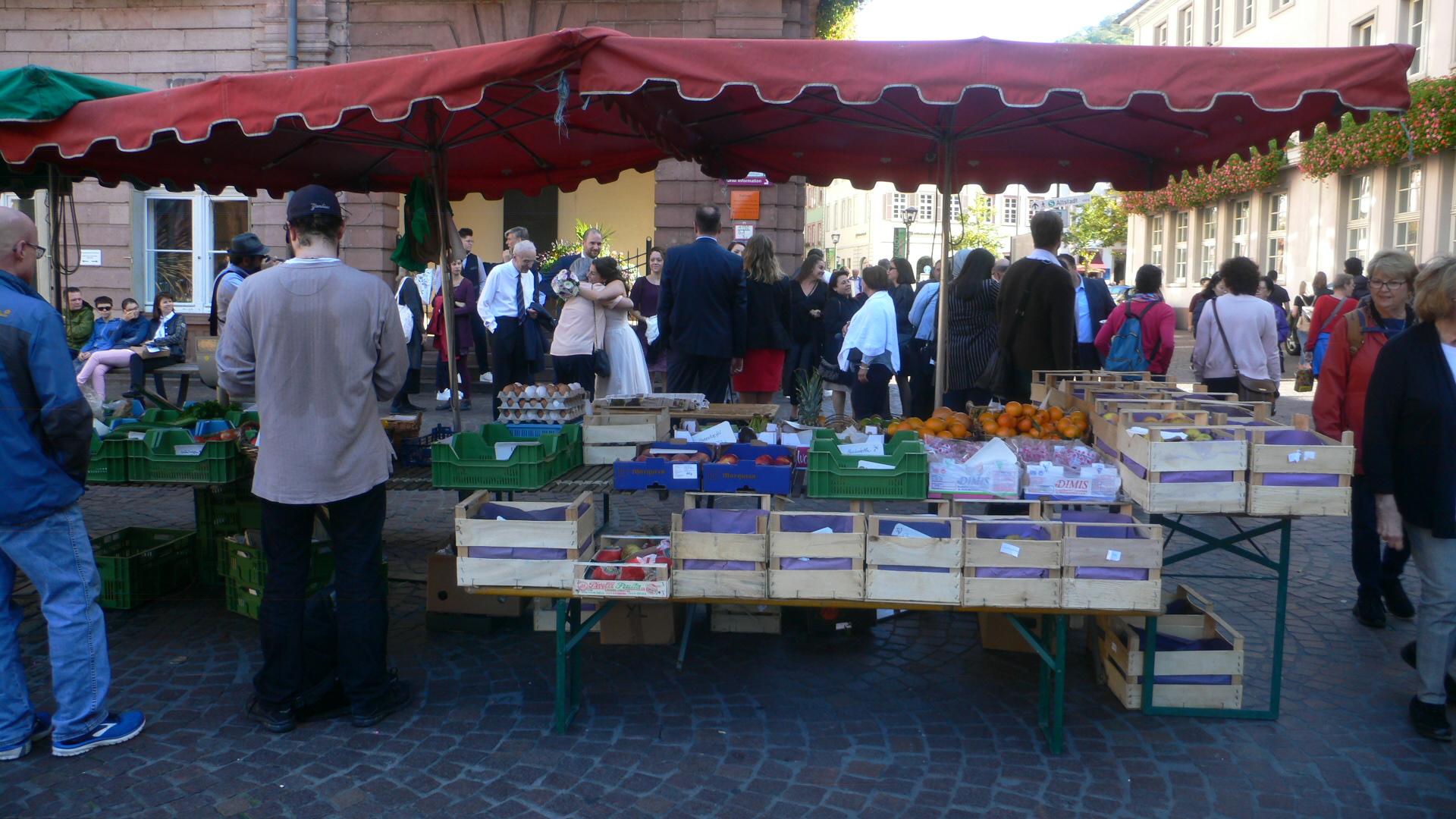 Altstadtmarkt mit Meng