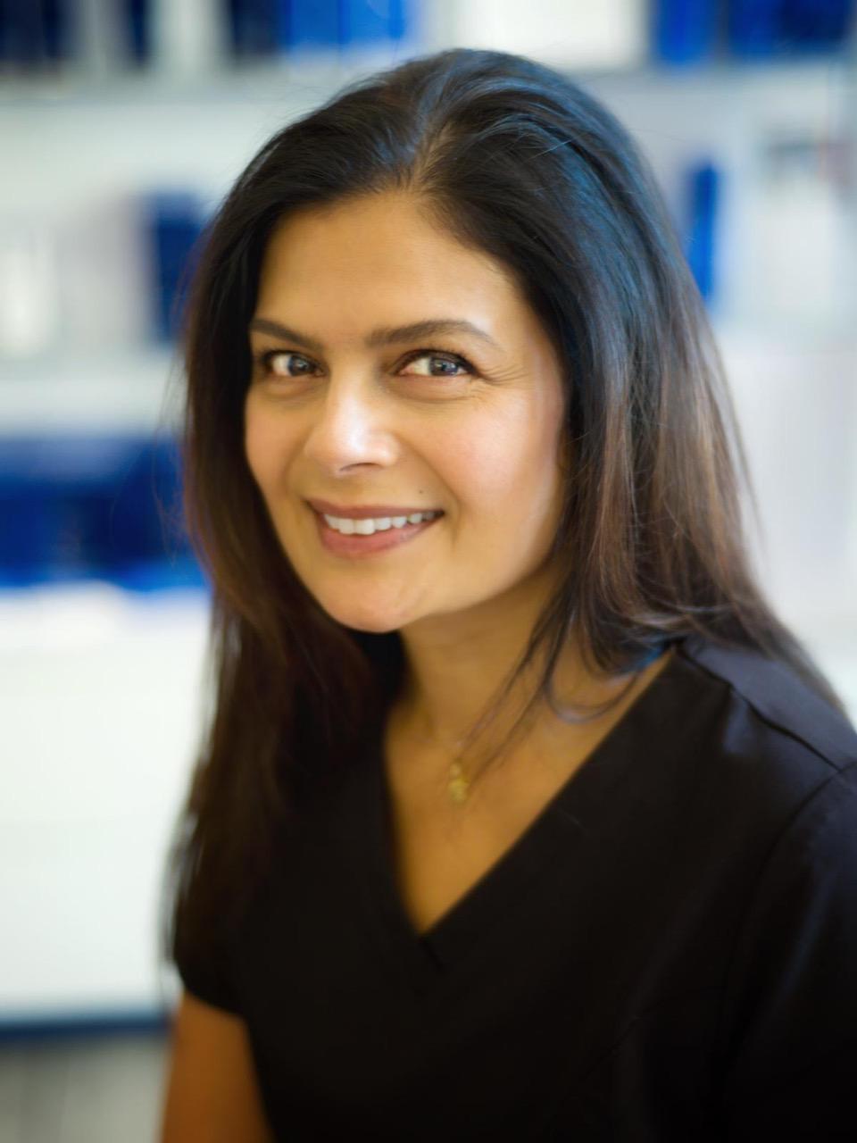 Dr Shobhna Chauhan