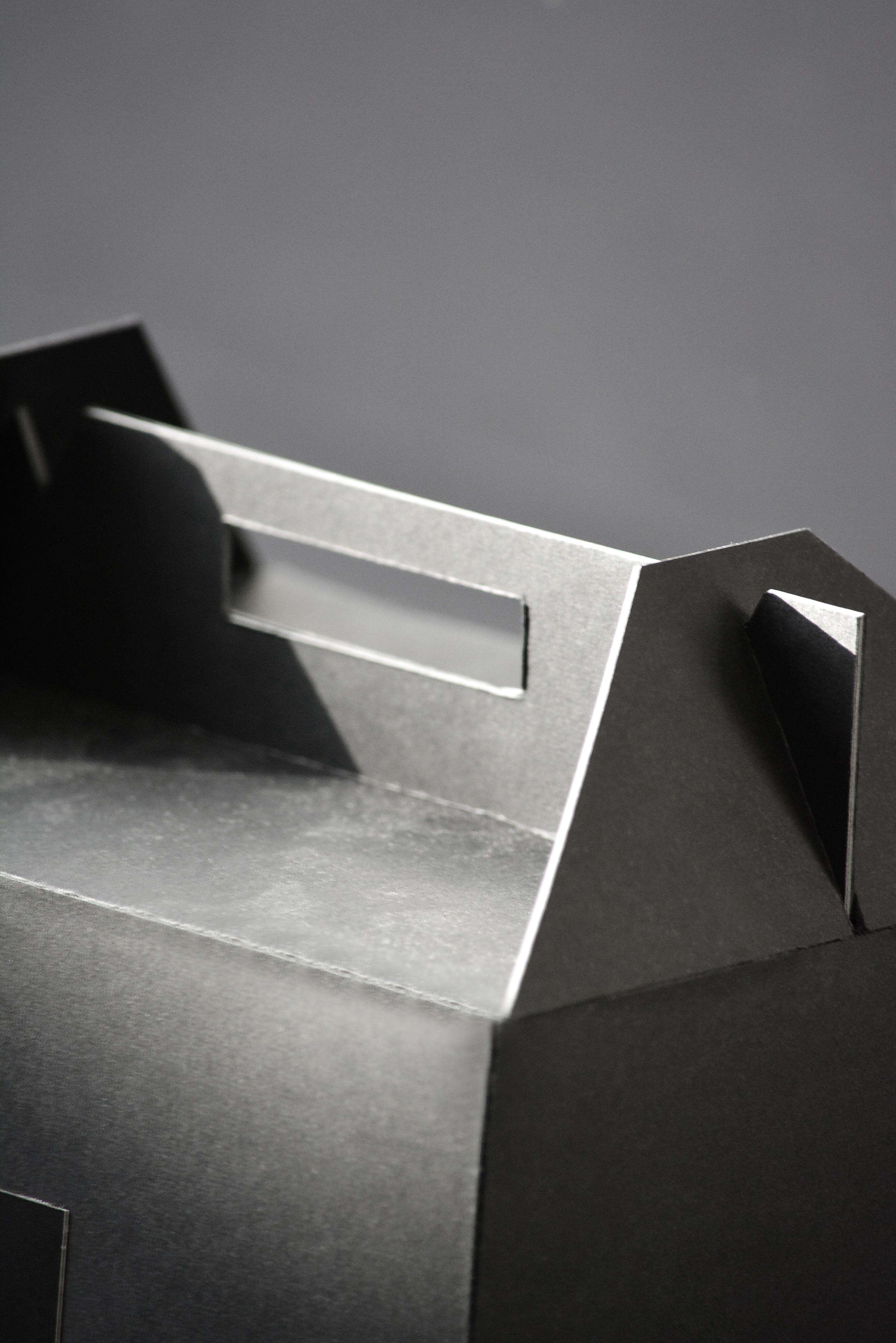 Kol box detail