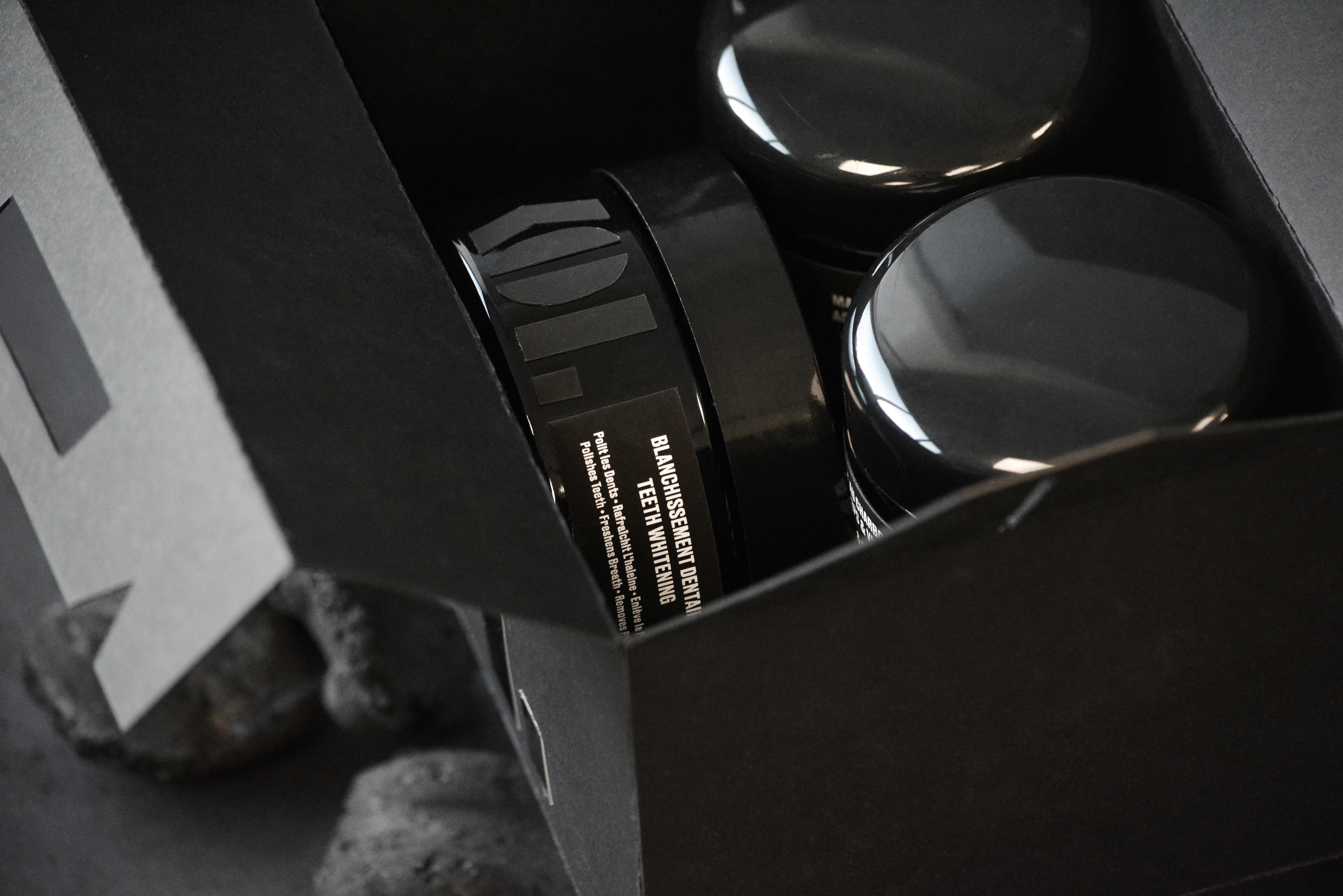 Kol bottel inside box