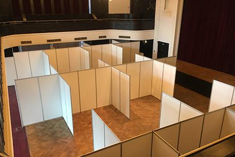 Stellwand SYSTEM für Lounge Factory im Curiohaus in Hamburg