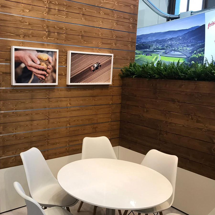 Stuhl Eames Oak