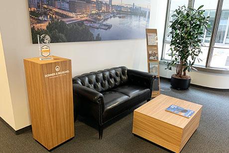 Möbeldesign für Donner&Reuschel im Wartebereich