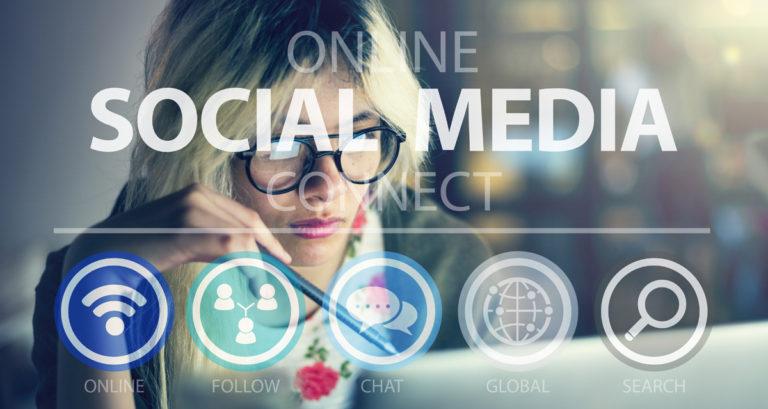 Πώς θα πετύχει η συνεργασία με έναν Social Media Manager