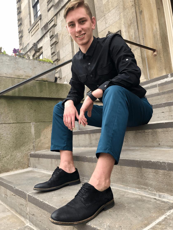 Brandon Social Media Expert (steps)