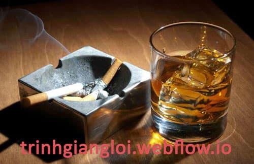 Hút thuốc lá, uống nhiều rượu bia làm rối loạn cương dương