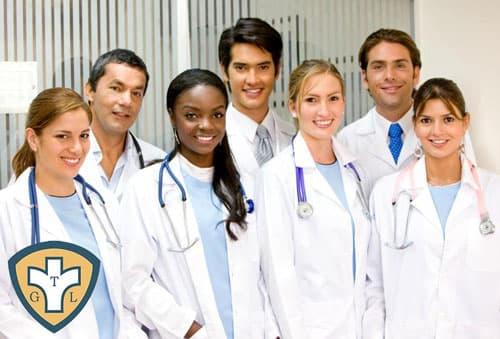 Đội ngũ y bác sĩ có chuyên môn bài bản và nhiều năm kinh nghiệm
