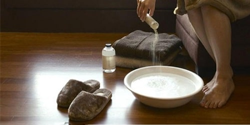 Khí hư có mùi hôi thối là bệnh gì nguyên nhân cách chữa 10