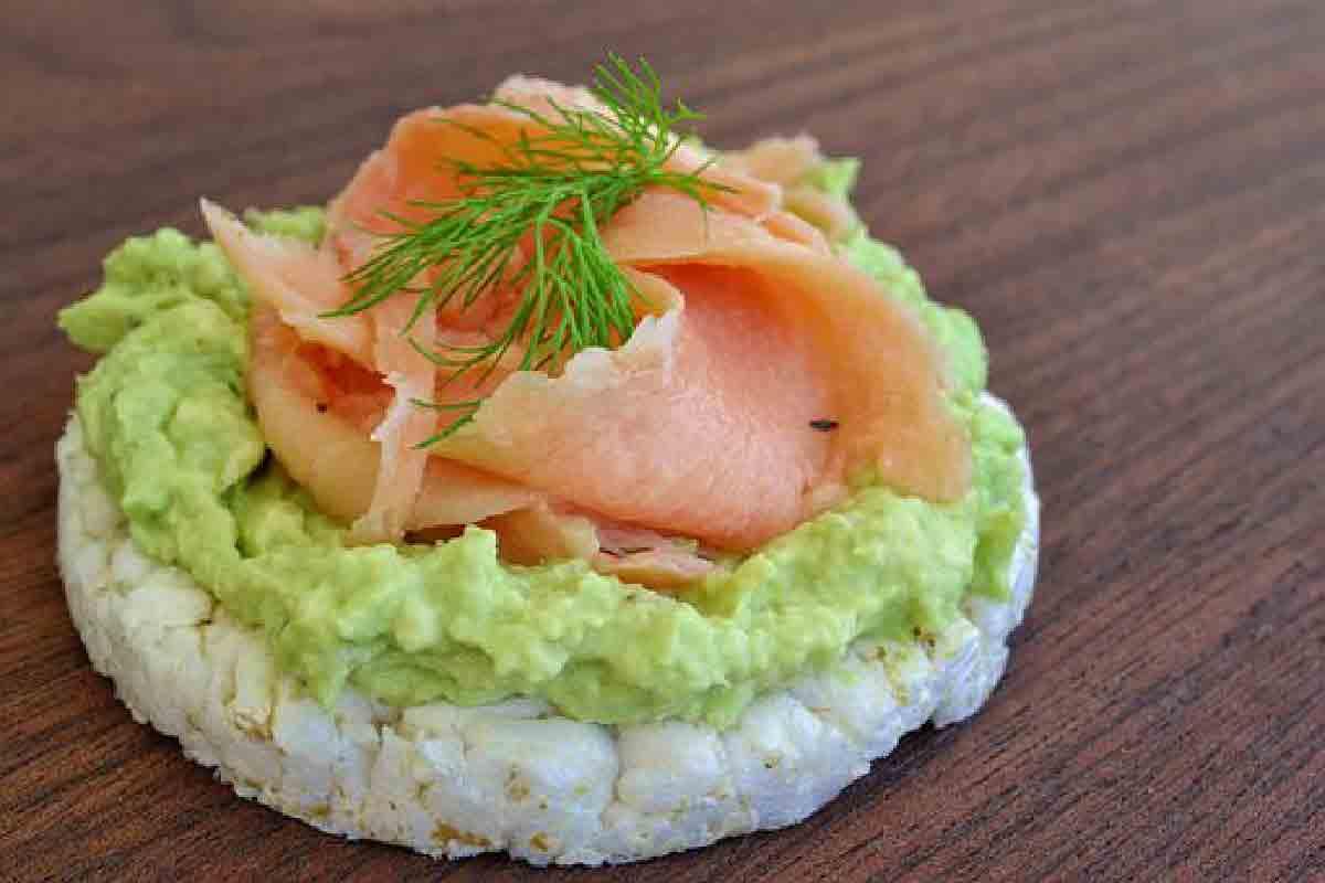 quiche di riso con salmone e avocado