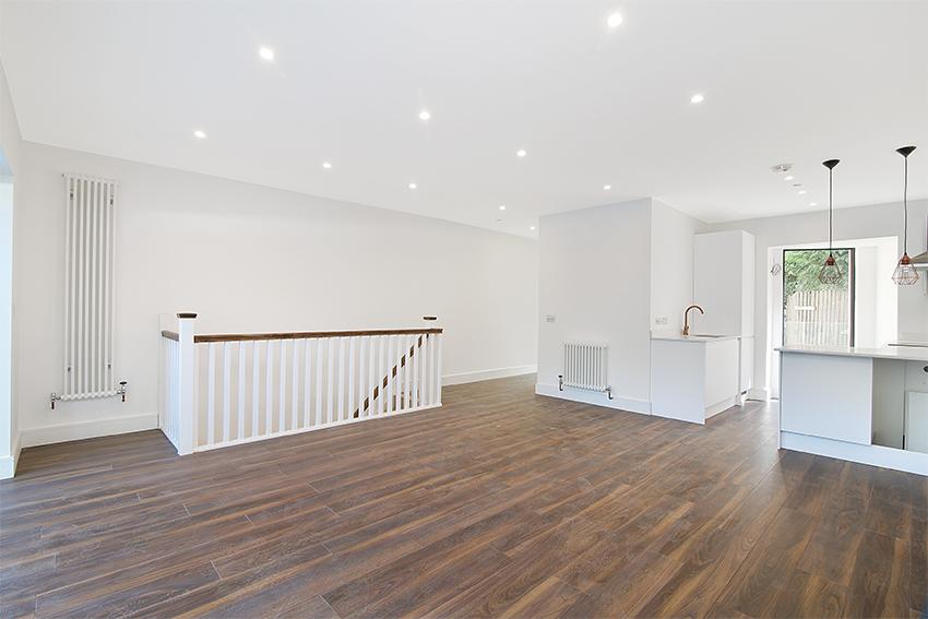 Wimbledon Apartments - hallway