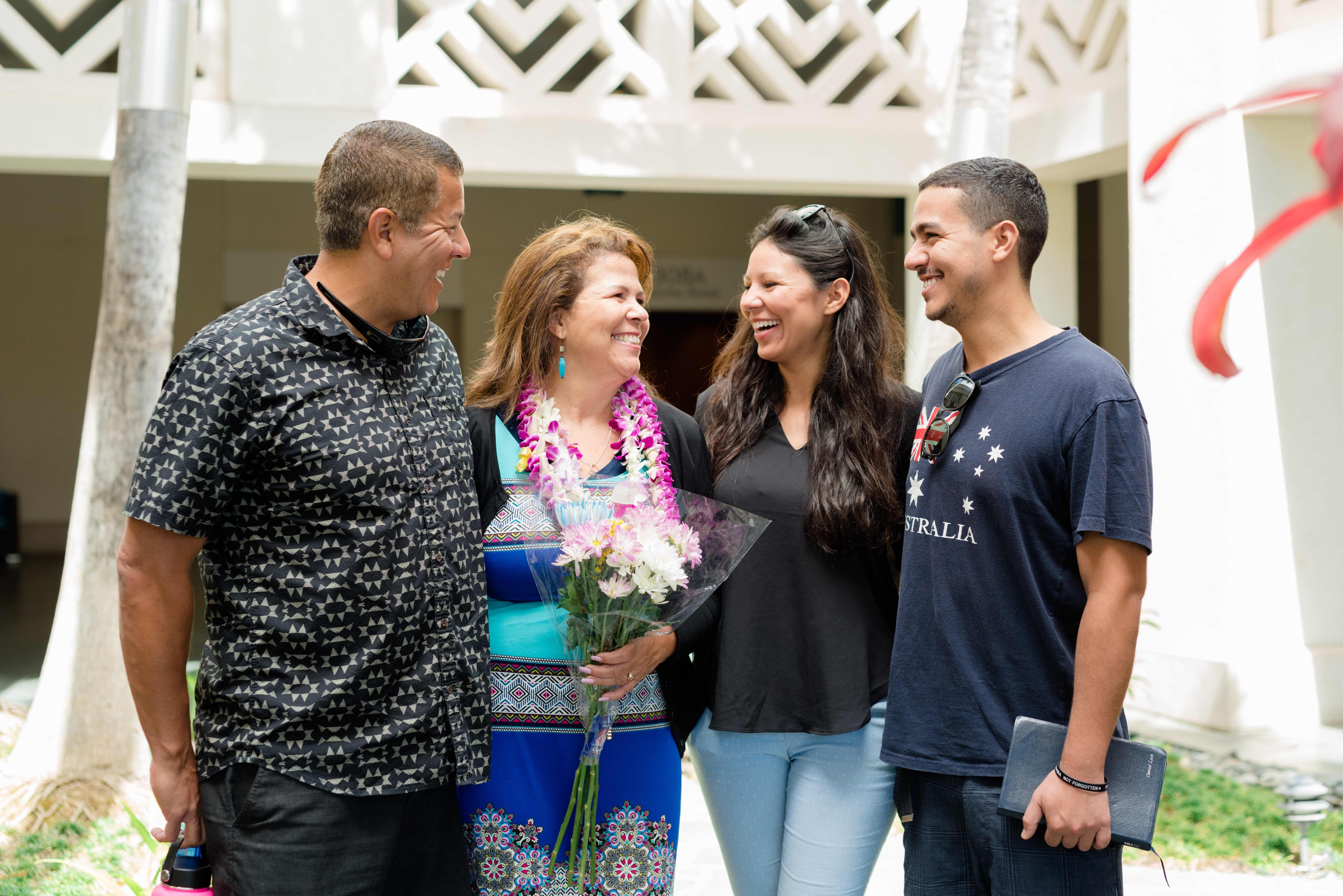 Oahu Church family.
