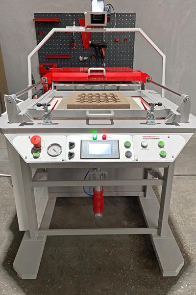Ручной вакуум формовочный станок LITE 686