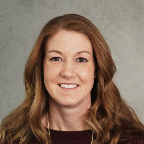Headshot of Laura Roth
