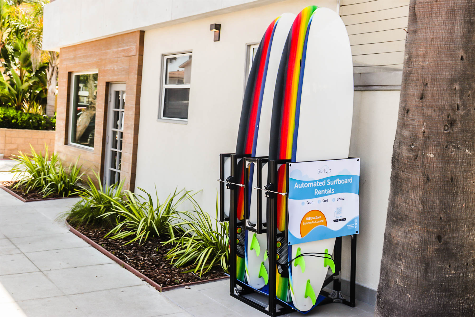 A picture of the SurfPod at the Diamond Head Inn