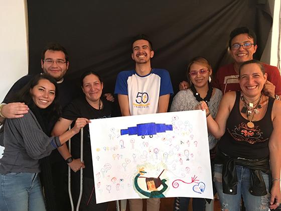 Fundación Abriendo Puertas Paz y Bien Cochabamba Bolivia Mobile School