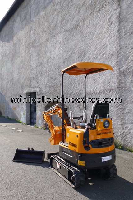 BACK MINI EXCAVATOR RHINOCEROS XN08