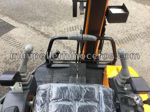 JOYSTICKS MINI EXCAVATOR RHINOCEROS XN18