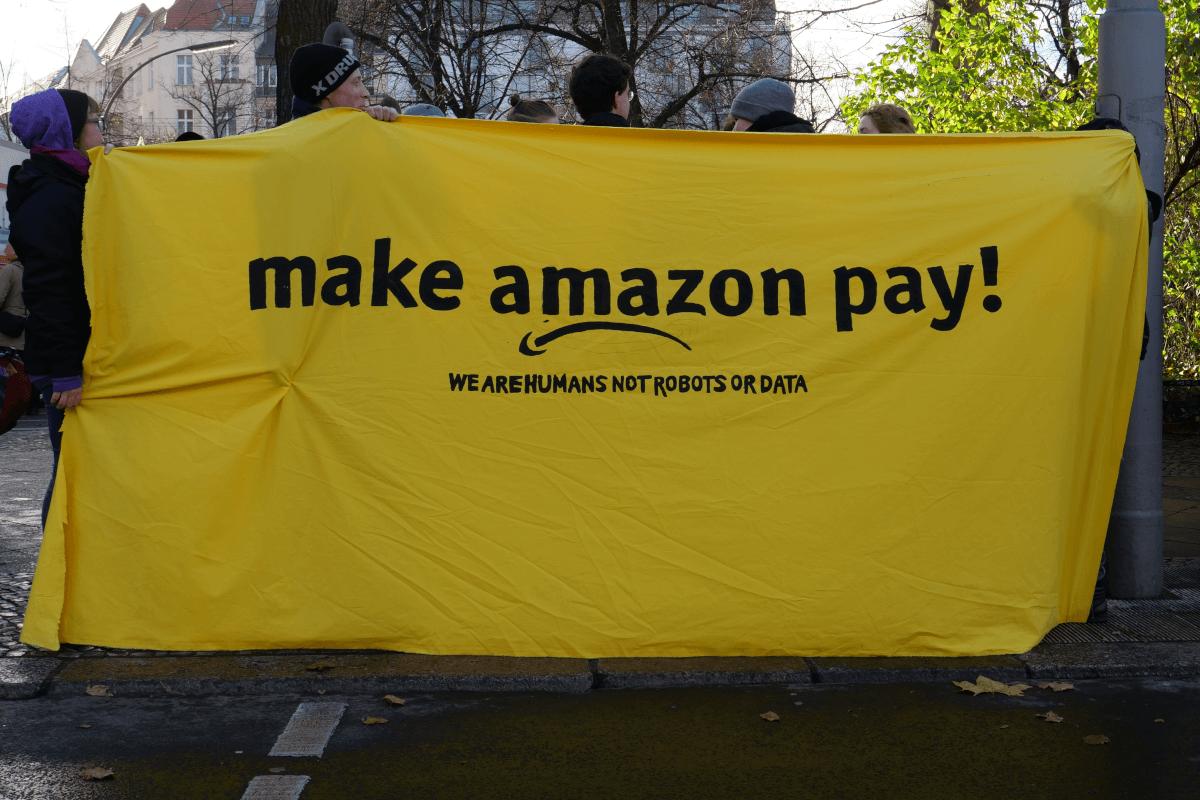 ESG Spotlight: Amazon and Walmart Highlight the Focus on Human Capital