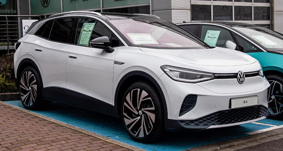 ESG Spotlight: Electrifying Developments in the Auto Sector