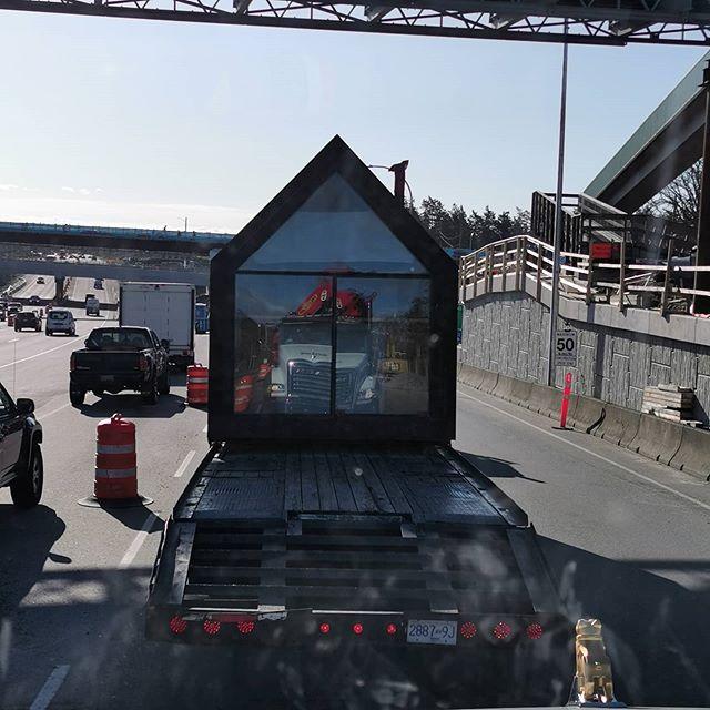 a picker truck, palfinger, crane, lifting, solos