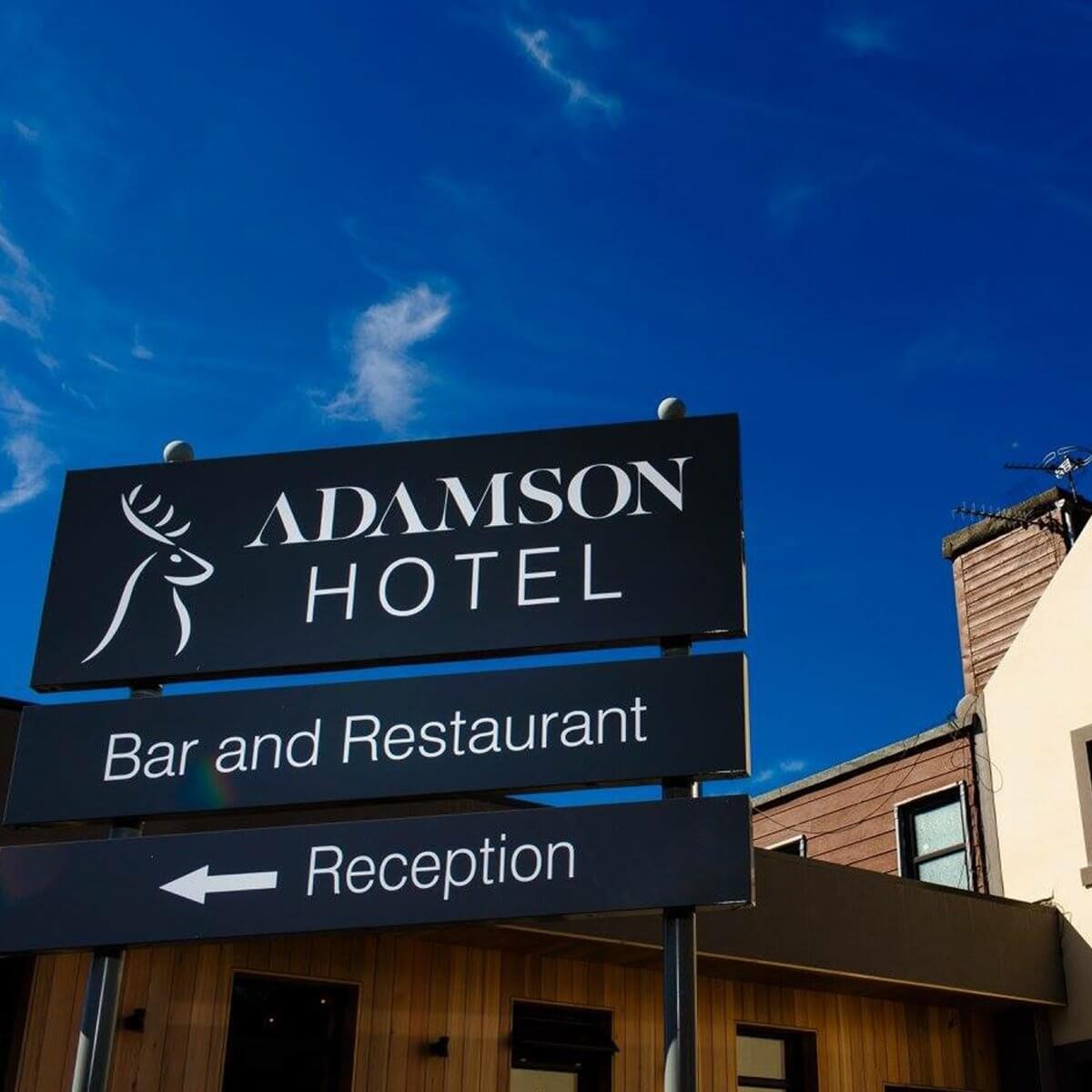 Design & Signage, hotel Signs