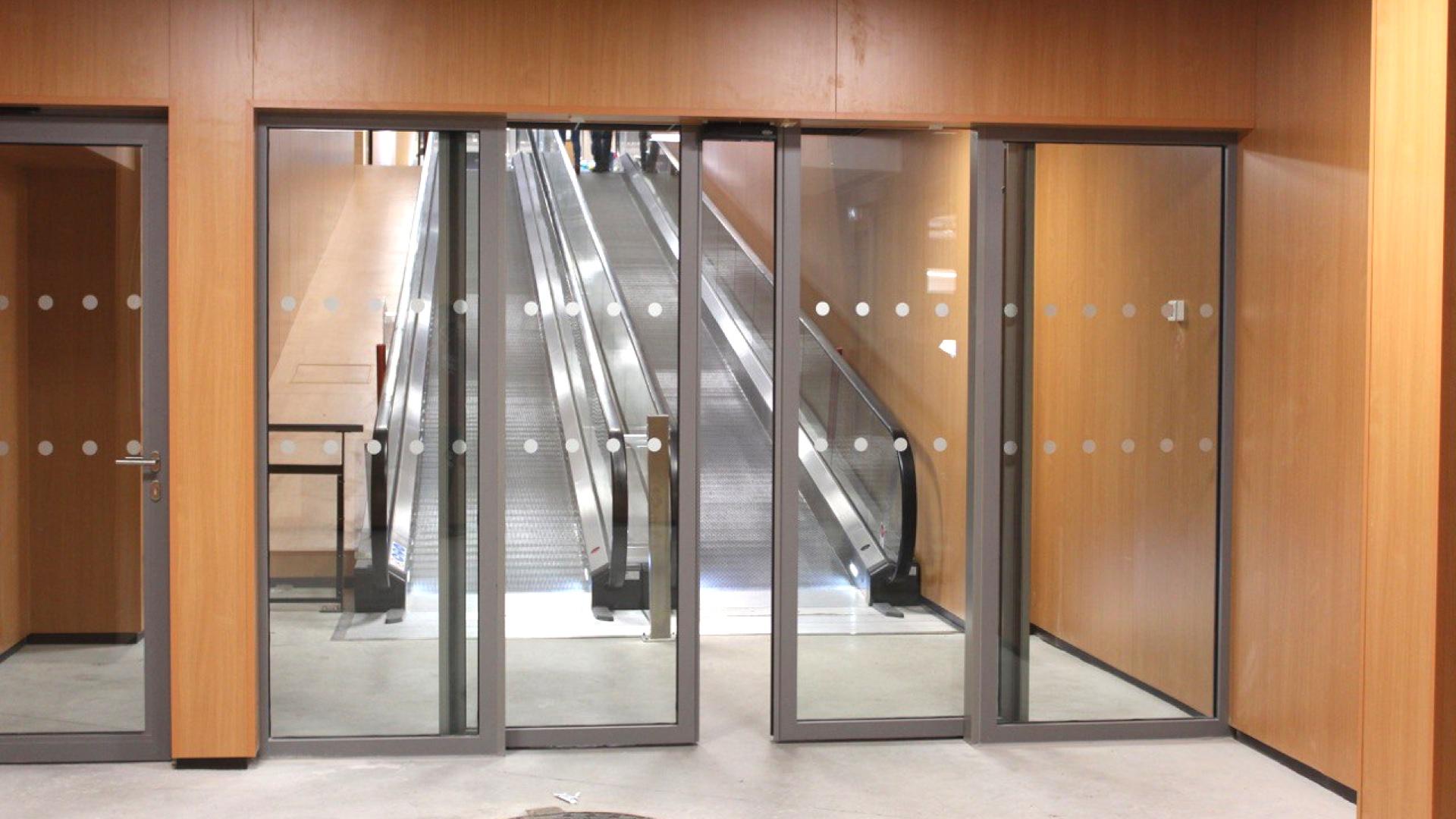 Portes Coulissantes Vitrées Intérieures porte coupe feu vitrée coulissante aluminium