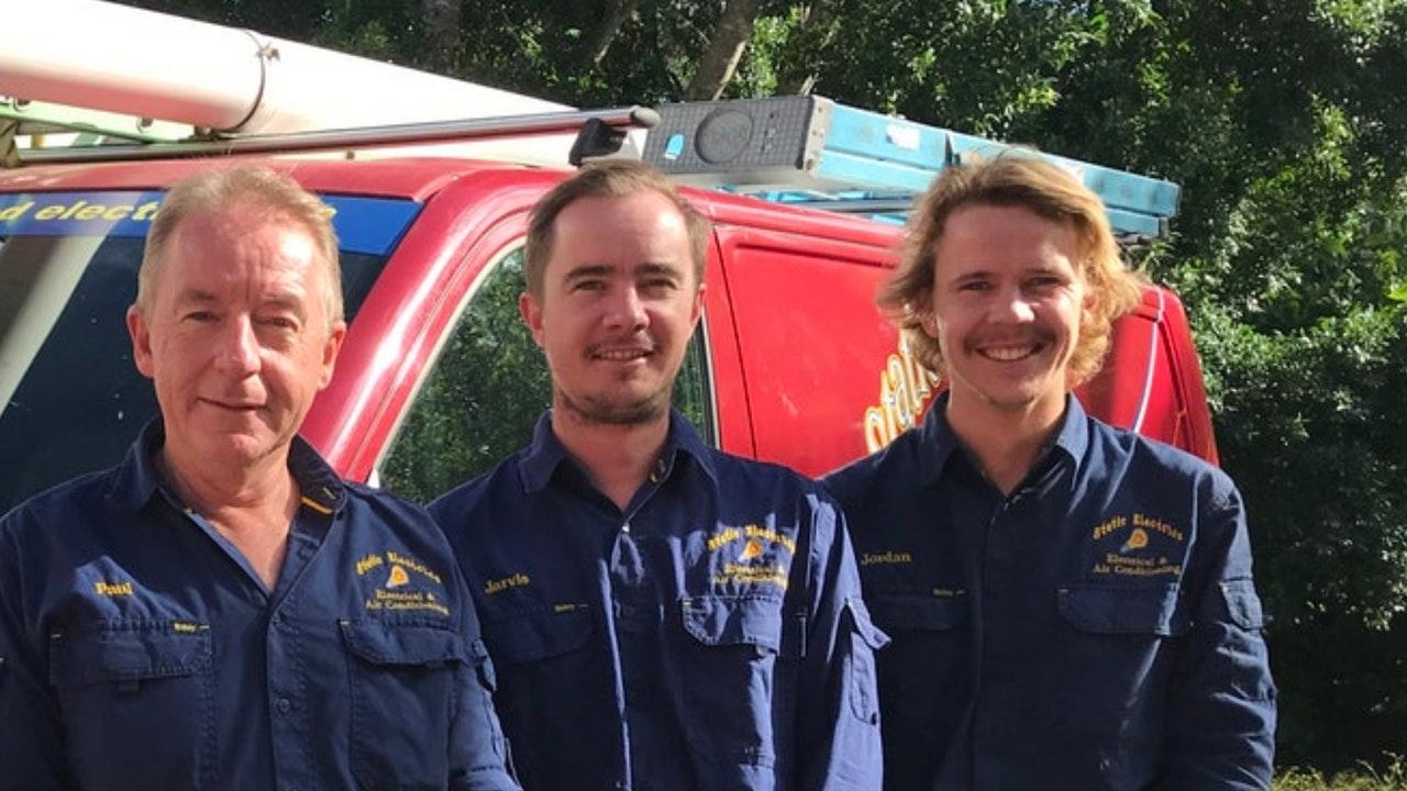 solar repairs team