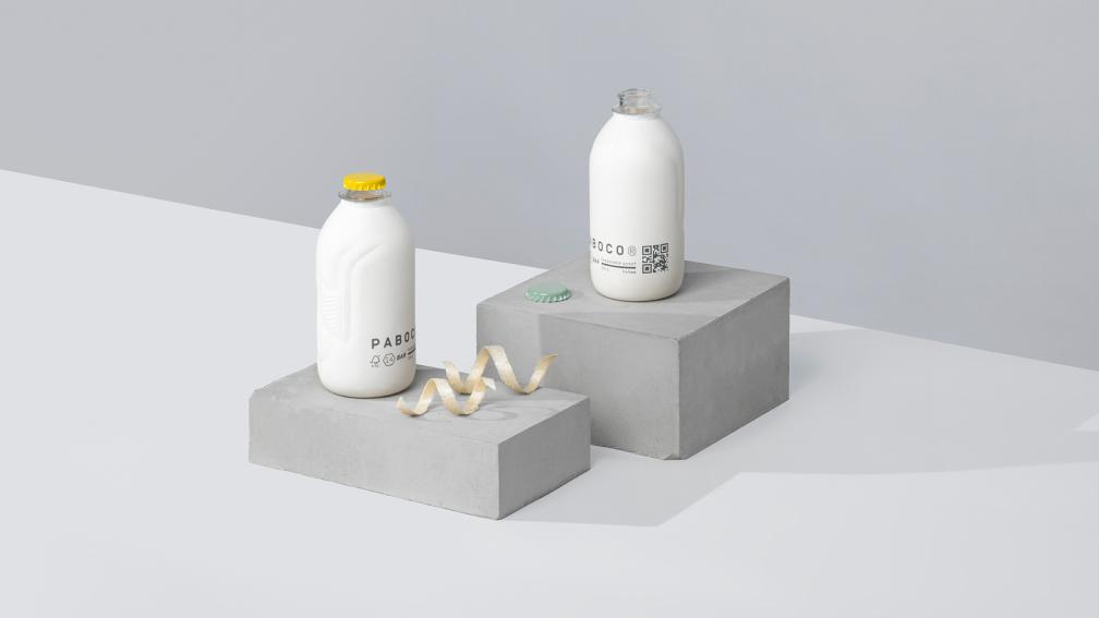 Paboco paper bottles on display