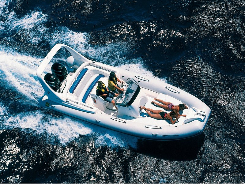 Rent a RIB powerboat Zodiac Medline III (Ref: nmzm7)
