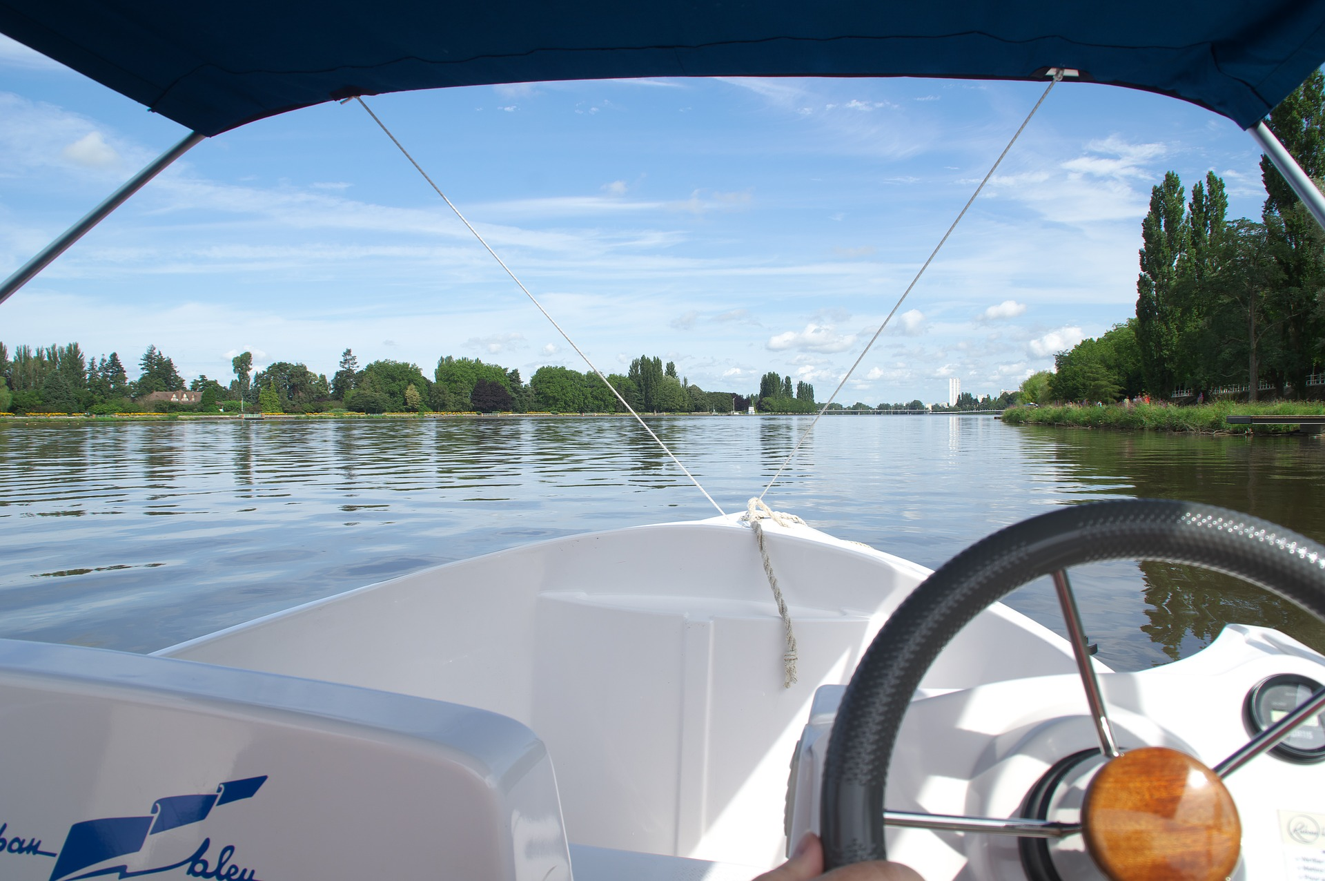 Skippered Boat Charter