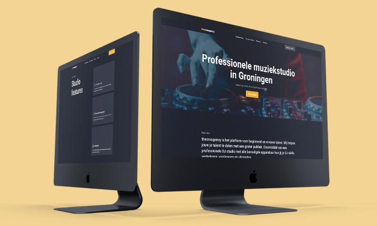 The Creagency desktop iMac mockup