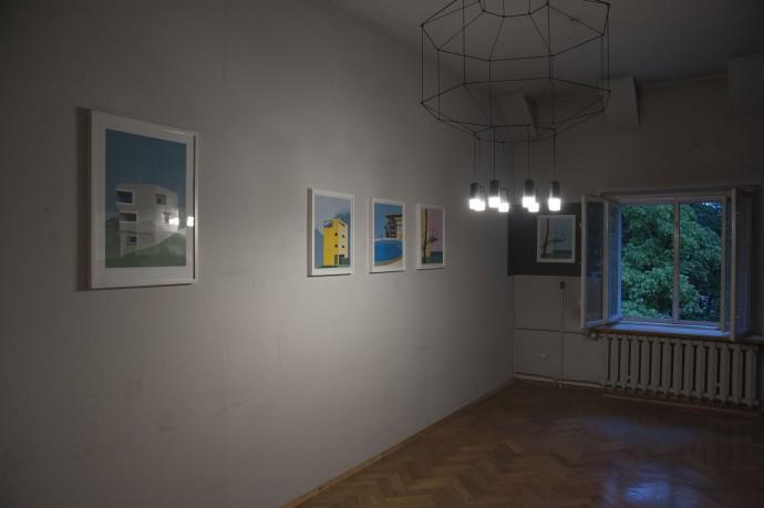 Monotypie Magdy Wolnej przedstawiające ikony architektury oświetlone przez Wireflow (projekt Arik Levy) © Magda Wolna