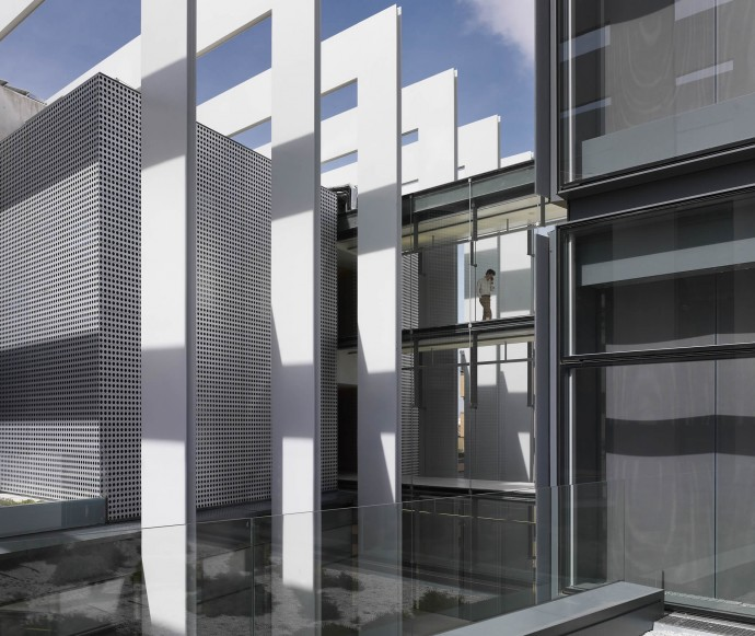 Stalowa konstrukcja budynku © Rafael de La Hoz Arquitectos