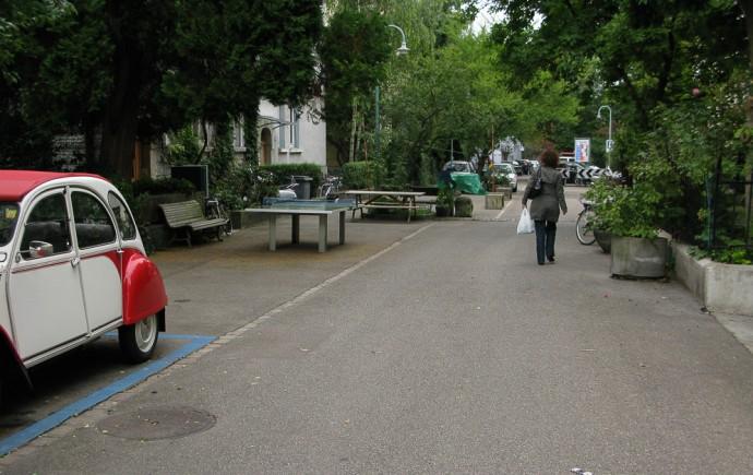 Stół do ping ponga na ulicy Zurychu © Dylan Passmore