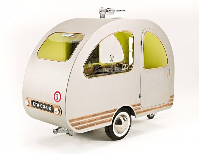 QTvan w stylistyce retro © ETA