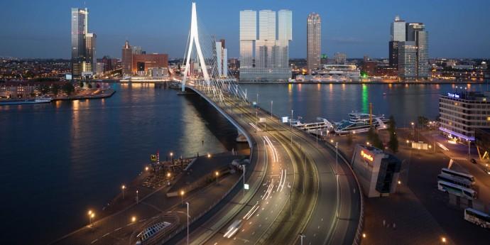 Most Erasmusa łączący (De) Rotterdam z Nowym Jorkiem © worldrotterdam.com