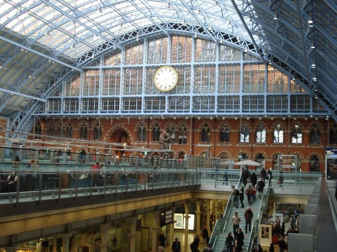 Londyński dworzec St Pancras © Karen Davies