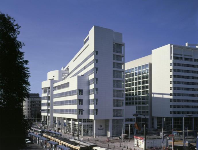 Najsmuklejszy profil budynku © Richard Meier & Partners Architects LLP