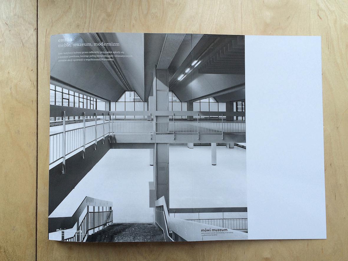 """""""Emilia. Meble, muzeum, modernizm"""", wydawnictwo Karakter, w serii Mówi muzeum, 2016 rok"""
